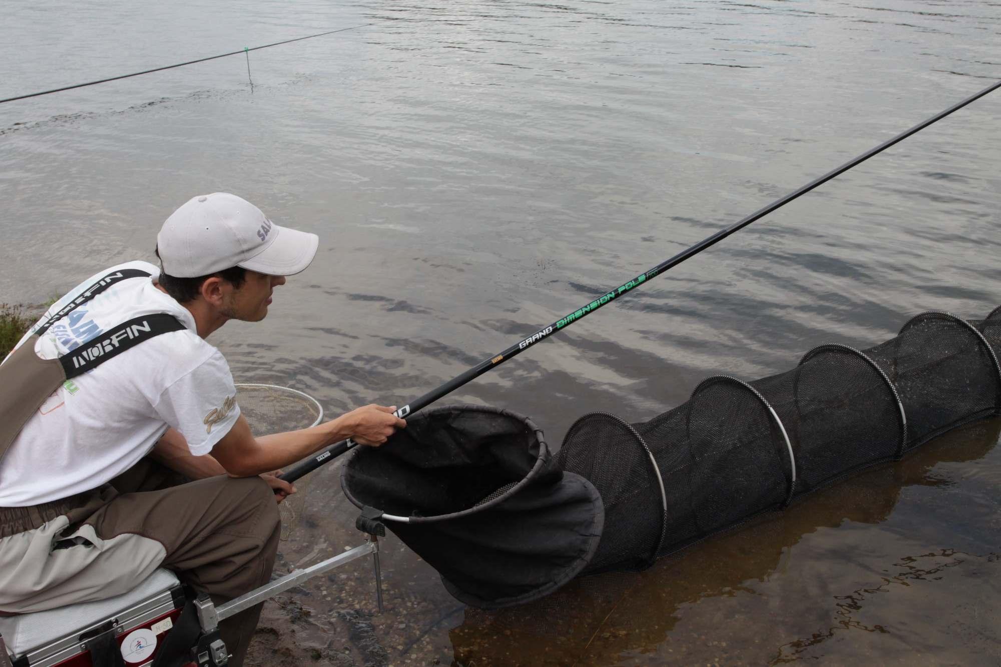 Рыбалка на маховую удочку весной, Ловля весной на маховую удочку Рыбалка - клев тут 15 фотография