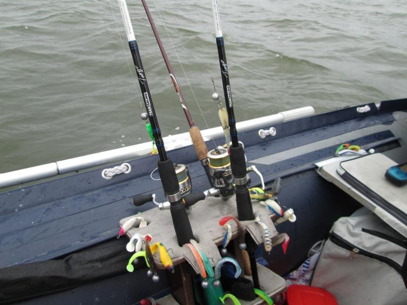 лучшие спиннинги для ловли с лодки купить